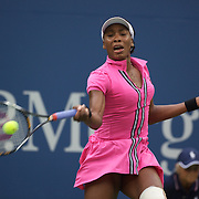 Venus Williams, USA, in action against Kim Clijsters, Belgium, during the US Open Tennis Tournament at Flushing Meadows, New York, USA, on Sunday  September 6, 2009. Photo Tim Clayton.
