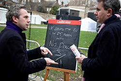 © Licensed to London News Pictures. 10/01/2019. London, UK. A Ladbrokes chalk board shows their odds on the UK leaving the EU with no deal as 3/1. Politicians are currently debating British Prime Minister Theresa May's Brexit deal for the second time, after the previous vote was postponed. Photo credit : Tom Nicholson/LNP