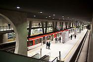 Europe, Germany, North Rhine-Westphalia, Cologne, new subway station of the North-South subway track at the square Breslauer Platz...Europa, Deutschland, Nordrhein-Westfalen, Koeln, neuer U-Bahnhof der Nord-Sued Stadtbahn am Breslauer Platz.