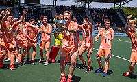 AMSTELVEEN - Jip Janssen van Nederland viert het kampioenschap tijdens de finale van het EK Hockey tussen Duitsland en Nederland in het Wagener Stadion op 12 juni 2021 in Amstelveen. COPYRIGHT KOEN SUYK