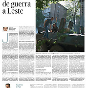 """Tearsheet of """"Ukraine: Signs of War at East"""" published in Expresso"""