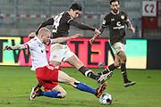 Fussball: 2. Bundesliga, FC St. Pauli - Hamburger SV, Hamburg, 01.03.2021<br /> Rocj van Drongelen (HSV, l.) - Igor Matanovic (Pauli)<br /> © Torsten Helmke