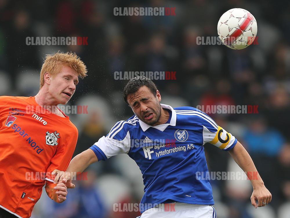 Bjarke Jacobsen (FC Helsingør) i hovedstødsduel med Mohammed Abdalas (Fremad A).