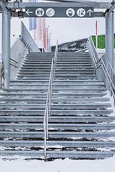 THEMENBILD - leerer Aufgang zur Liftstation, aufgenommen am 18. Januar 2021 in Kaprun, Österreich // Empty stairway to the lift station, Kaprun, Austria on 2021/01/18. EXPA Pictures © 2021, PhotoCredit: EXPA/ JFK