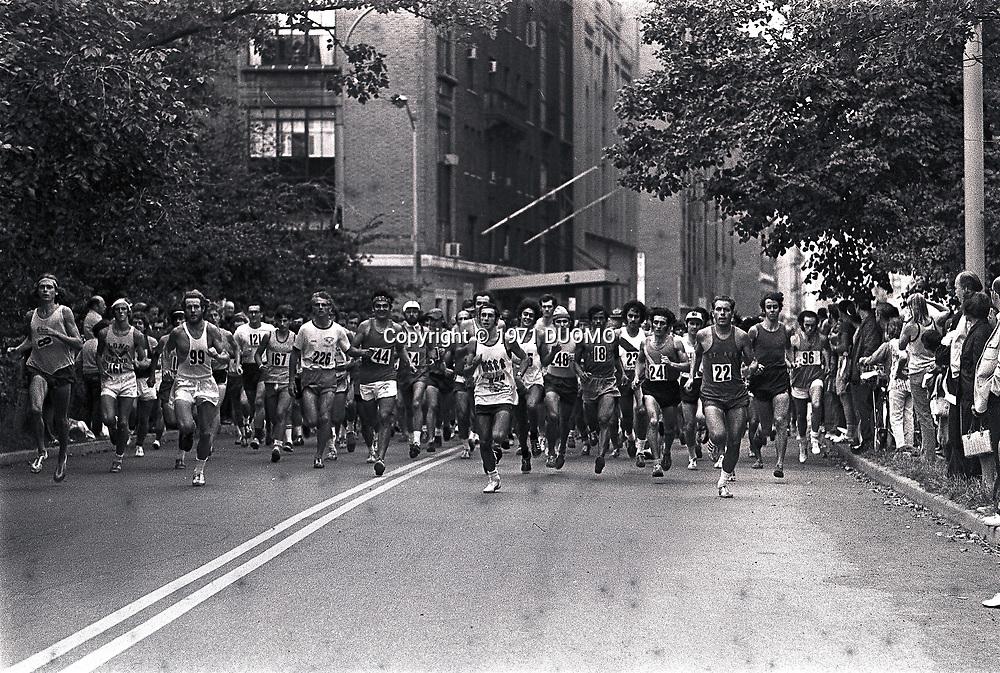 1971 New York City Marathon-Start<br /> Central Park, New York
