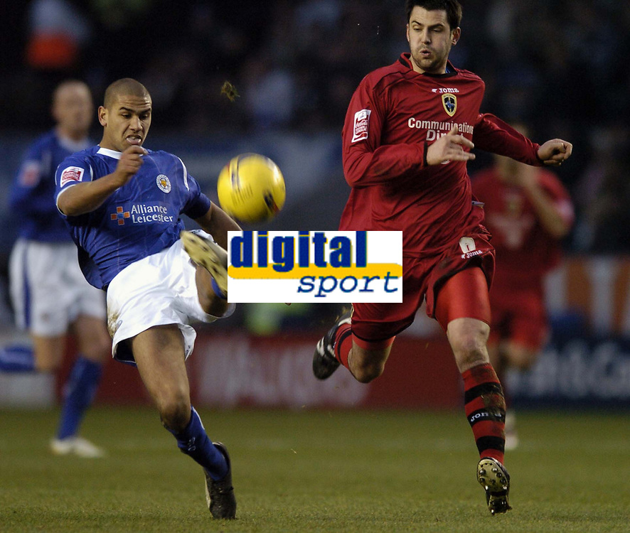 Photo: Jonathan Butler.<br />Leicester City v Cardiff City. Coca Cola Championship. 23/12/2006.<br />Patrick Kisnorbo of Leicester holds of Steven Thompson of Cardiff.