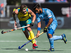 (L-R) Flynn Ogilvie of Australia, Manpreet Singh of India during the Champions Trophy finale between the Australia and India on the fields of BH&BC Breda on Juli 1, 2018 in Breda, the Netherlands.