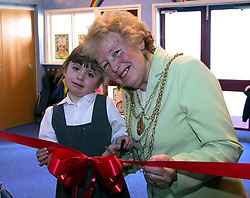 Mayor of Doncaster Beryl Roberts and Pupil Amberly Lesterman open the Early Learning centre at Carcroft Primary school<br /><br /><br />Thursday 28 Feb 2002