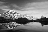 Black and white image of Mt Rainier, WA