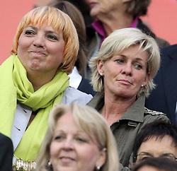 17.07.2011, Commerzbankarena, Frankfurt, GER, FIFA Women Worldcup 2011, Finale,  Japan (JPN) vs. USA (USA), im Bild:  .Silvia Neid (Trainerin / COACH GER ) auf der Tribuenee.. // during the FIFA Women Worldcup 2011, final, Japan vs USA on 2011/07/11, FIFA Frauen-WM-Stadion Frankfurt, Frankfurt, Germany.   EXPA Pictures © 2011, PhotoCredit: EXPA/ nph/  Mueller       ****** out of GER / CRO  / BEL ******