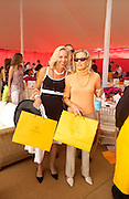 Vifi Franklin and Emma Bearman, Veuve Clicquot gold Cup, Polo at Cowdray, 18 July 2004. SUPPLIED FOR ONE-TIME USE ONLY> DO NOT ARCHIVE. © Copyright Photograph by Dafydd Jones 66 Stockwell Park Rd. London SW9 0DA Tel 020 7733 0108 www.dafjones.com