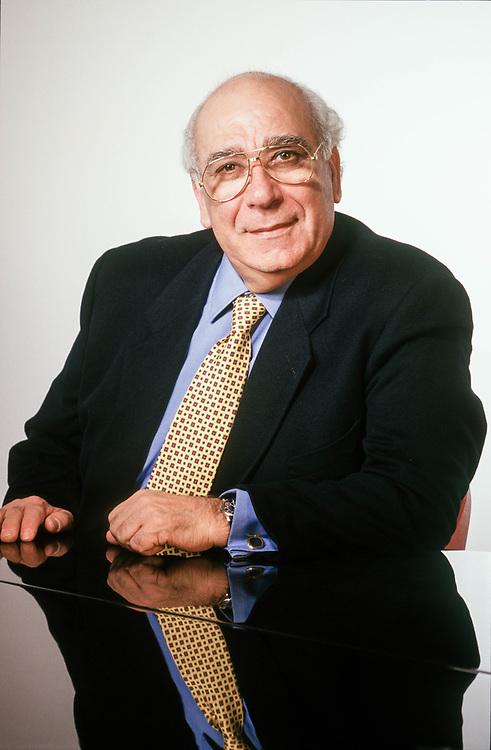 07 FEB 1995 - San Giovanni Lupatoto (VR) - Giovanni Rana, industriale della pasta.