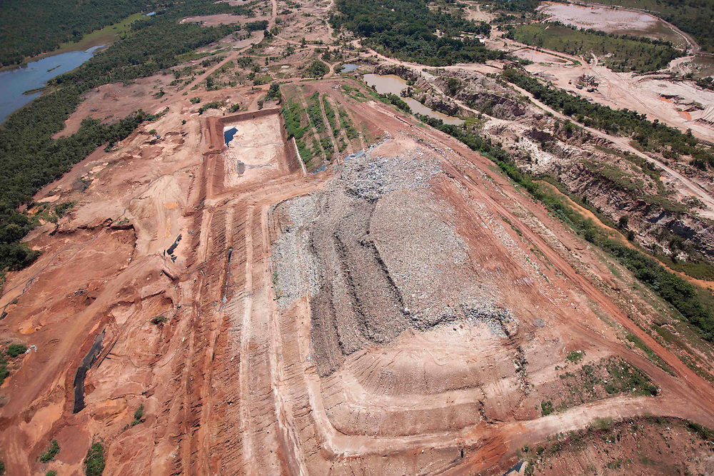 Cuiaba_MT, Brasil.<br /> <br /> Imagem aerea do aterro sanitario em Cuiaba, Mato Grosso.<br /> <br /> Aerial image of the sanitary landfill in Cuiaba, Mato Grosso.<br /> <br /> Foto: LEO DRUMMOND / NITRO