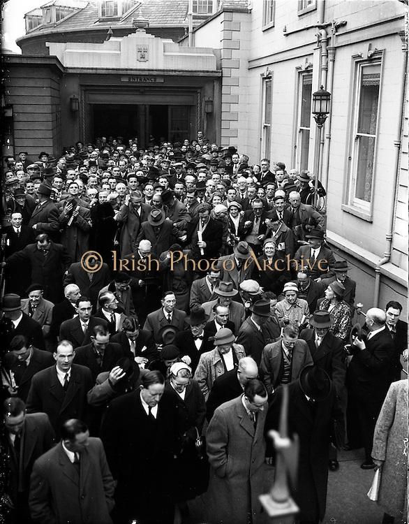 20/11/1956<br /> 11/20/1956<br /> 20 November 1956<br /> Fianna Fail Ard Fheis at the Mansion House, Dublin.