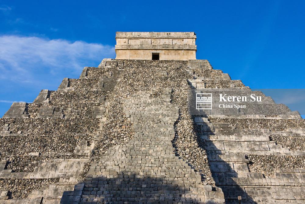 Temple of Kukulkan (often called El Castillo), Chichen Itza, Yucatan, Mexico