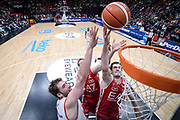 DESCRIZIONE : Milano Lega A 2015-16 Olimpia EA7 Emporio Armani Milano - Giorgio Tesi Group Pistoia<br /> GIOCATORE : Robbie Hummel<br /> CATEGORIA : Rimbalzo Special<br /> SQUADRA : Olimpia EA7 Emporio Armani Milano<br /> EVENTO : Campionato Lega A 2015-2016<br /> GARA : Olimpia EA7 Emporio Armani Milano Giorgio Tesi Group Pistoia<br /> DATA : 01/11/2015<br /> SPORT : Pallacanestro<br /> AUTORE : Agenzia Ciamillo-Castoria/M.Ozbot<br /> Galleria : Lega Basket A 2015-2016 <br /> Fotonotizia: Milano Lega A 2015-16 Olimpia EA7 Emporio Armani Milano - Giorgio Tesi Group Pistoia