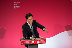 © Licensed to London News Pictures . 06/05/2015 . Leeds , UK . The leader of the Labour Party , ED MILIBAND , addresses an election rally at Leeds City Museum , on the eve of polls opening for the 2015 British general election . Photo credit : Joel Goodman/LNP
