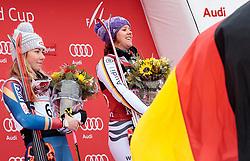 25.11.2017, Killington, USA, FIS Weltcup Ski Alpin, Killington, Riesenslalom, Damen, Siegerehrung, im Bild v.l. Mikaela Shiffrin (USA, 2. Platz), Viktoria Rebensburg (GER, 1. Platz) // f.l. second placed Mikaela Shiffrin of the USA winner Viktoria Rebensburg of Germany during the winner Ceremony for the ladie's Giant Slalom of FIS Ski Alpine World Cup in Killington, United Staates on 2017/11/25. EXPA Pictures © 2017, PhotoCredit: EXPA/ Johann Groder