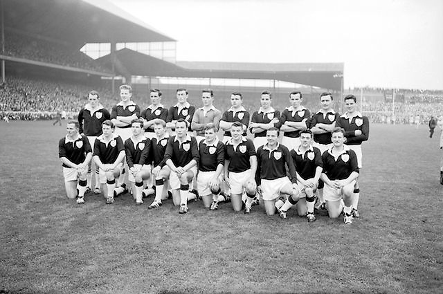 Galway player before the All Ireland Senior Gaelic Football Championship Final Dublin V Galway at Croke Park on the 22nd September 1963. Dublin 1-9 Galway 0-10.<br /> <br /> Back Row Left to right S Leyden, M McDonagh, N Tierney, M MacReynolds, M Moore, M Newell, E Colleran and S Meade.<br /> <br /> Front Row Left to Right C Dunne, J Keenan, B Geraghty, M Garrett Captain, S B McDermott, P Donnellan, S Donnellan.<br /> Headline: