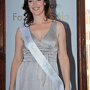 NLD/Amsterdam/20110521 - Amsterdam fashion Gala 2011, Miryanna van Reeden wordt gekroond tot Miss Nederland Positief 2011