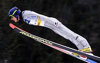 Hopp: 29.12.2001 Oberstdorf, Deutschland,<br />Der Deutsche Sven Hannawald am Samstag (29.12.2001) bei der Qualifikation zum 1.Springen der Vierschanzentournee in Oberstdorf. <br />Hopp: JAN PITMAN/Digitalsport