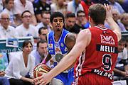 DESCRIZIONE : Campionato 2014/15 Dinamo Banco di Sardegna Sassari - Olimpia EA7 Emporio Armani Milano Playoff Semifinale Gara6<br /> GIOCATORE : Edgar Sosa<br /> CATEGORIA : Palleggio<br /> SQUADRA : Dinamo Banco di Sardegna Sassari<br /> EVENTO : LegaBasket Serie A Beko 2014/2015 Playoff Semifinale Gara6<br /> GARA : Dinamo Banco di Sardegna Sassari - Olimpia EA7 Emporio Armani Milano Gara6<br /> DATA : 08/06/2015<br /> SPORT : Pallacanestro <br /> AUTORE : Agenzia Ciamillo-Castoria/L.Canu