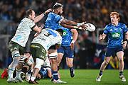 Patrick Tuipulotu offloads to Finlay Christie.<br /> Blues v Highlanders, Sky Super Rugby Trans-Tasman Final. Eden Park, Auckland. New Zealand. Saturday 19 June 2021. © Copyright Photo: Andrew Cornaga / www.photosport.nz