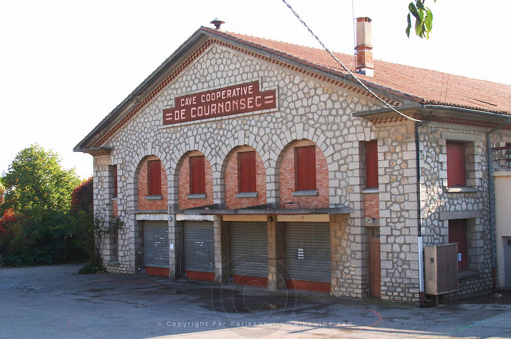 Cave Cooperative de Cournonsec. Gres de Montpellier. Languedoc. The winery building. France. Europe.
