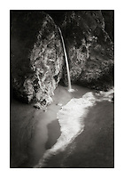 McWay Falls, Julia Pfeiffer Burns State Park, Big Sur California