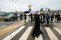 Sokolka, woj. podlaskie, 27.11.2019. Uroczyste otwarcie nowego wiaduktu nad torami kolejowymi prowadzacymi w kierunku granicy z Bialorusia. Wybudowany kosztem 64 mln zlotych wiadukt, ulatwi zycie mieszkancom powiatowej Sokolki, ktorzy czasami musieli czekac nawet 15-20 minut na podniesienie szlabanu. fot Michal Kosc / AGENCJA WSCHOD