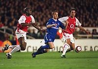 Scott Parker (Chelsea) Sol Campbell & Edu (Arsenal). Arsenal v Chelsea. UEFA Champions League 1/4 Final 2nd leg @ Highbury. Credit :Andrew Cowie, Digitalsport