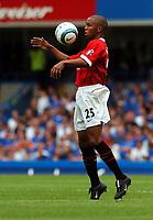 Quinton Fortune<br />Manchester United 2004/05<br />Chelsea V Manchester United (1-0) 15/08/04<br />The Premier League<br />Photo Robin Parker Fotosports International