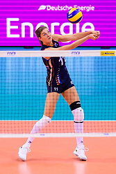 12.06.2018, Porsche Arena, Stuttgart<br /> Volleyball, Volleyball Nations League, Türkei / Tuerkei vs. Niederlande<br /> <br /> Annahme Anne Buijs (#11 NED)<br /> <br /> Foto: Conny Kurth / www.kurth-media.de