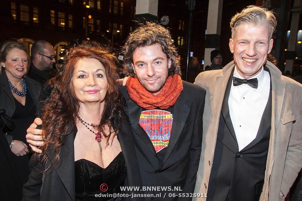 NLD/Amsterdam/20150306 - Boekenbal 2015, Belinda Meuldijk en partner Thierry Duval Slothouwer