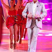 NLD/Hilversum/20130112 - 4e Liveshow Sterren Dansen op het IJs 2013, Gerard Joling
