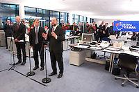 12 JAN 2004, BERLIN/GERMANY:<br /> Olaf Scholz (M), SPD Generalsekretaer, und Martin Schulz (R), SPD Spitzenkandidat, eroeffnen den Europa Wahlkampf mit einer Pressekonferenz und einer Besichtigung der SPD Europa Kampa, Wahlkampfzentrale fuer die Wahl des Europaeischen Parlamentes im Willy-Brandt-Haus<br /> IMAGE: 20040112-02-004<br /> KEYWORDS: Eröffnung, Eroeffnung