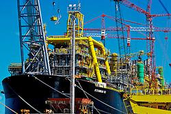 Construção da plataforma P53, a maior plataforma da Petrobrás a operar em águas brasileiras será responsável por mais de 10% do petróleo nacional. Foto: Alfonso Abraham/Preview.com