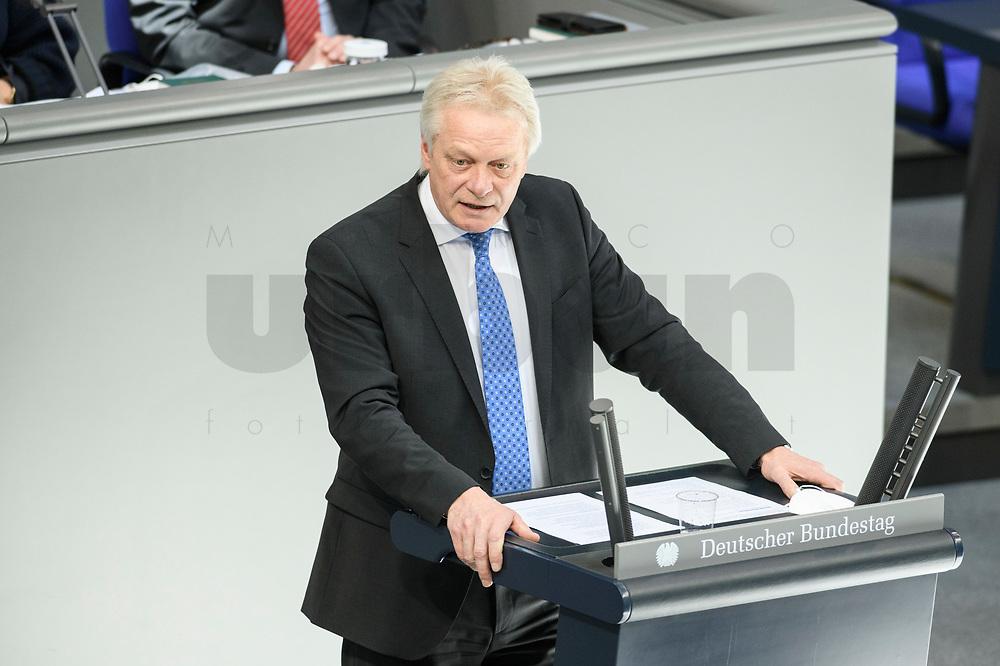 05 MAR 2021, BERLIN/GERMANY:<br /> Alois Karl, MdB, CSU, haelt eine Rede, waehrend einer Bundestagsdebatte, Plenum, Reichstagsgebaeude, Deutscher Bundestag<br /> IMAGE: 20210305-01-0