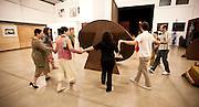 Brumadinho, 01 de maio de 2011..Ensaio da nova grife de roupas do Grupo de Teatro Armatrux...Foto: Bruno Magalhaes / Nitro
