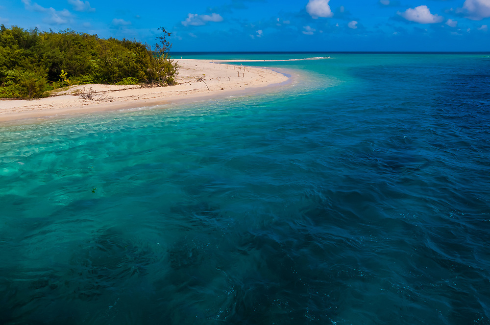 Deserted beach at Mouli, Island of Ouvea, Loyalty Islands, New Caledonia