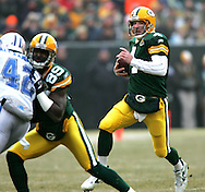 Green Bay Packers' Brett Favre scrambles for a 21-yard gain to the Detroit 33-yard line in the 1st quarter. .The Green Bay Packers hosted the Detroit Lions at Lambeau Field Sunday December 30, 2007. Steve Apps-State Journal.
