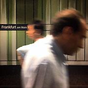 Frankfurt. #frankfurt #sbahn #hauptbahnhof #railwaystation #germany #deutschland #public #publictransport #sign #subway #passengers #people