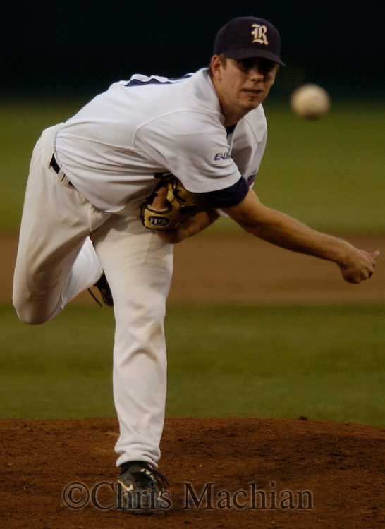 06/22/2006  RIce University's Bryce Cox during a break in the action during  Game thirteen of the College Word Series in Omaha Nebraska...(photo by Chris Machian/Prairie Pixel Group)