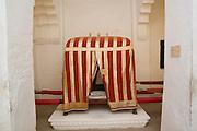 India, Rajasthan, Jodhpur, Mehrangarh fort Palanquin (Palki) on display in the museum