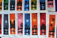 Laos, Province de Luang Prabang, ville de Luang Prabang, Patrimoine mondial de l'UNESCO depuis 1995, marché de nuit, artisanat pour touriste // Laos, Province of Luang Prabang, city of Luang Prabang, World heritage of UNESCO since 1995, night market, handicraft for tourist