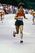ROAD_RUNNING_Miki_Gorman_1979