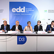 Access to sustainable energy to reduce inequalities New partnership models