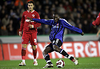 BRUGGE BRUGES 23/11/2006  SPORT / FOOTBALL / VOETBAL / COUPE UEFA - UEFA CUP GROUP B / CLUB BRUGGE - DINAMO BOUCAREST BOEKAREST / <br /> <br /> Brügge - Dinamo Bucuresti<br /> ISHIAKU MANASEH<br /> <br /> Norway only
