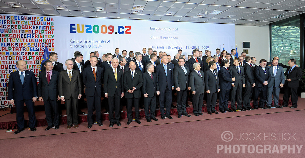 EU heads of state gather for a group photo during the European Summit, Thursday, March 19, 2009, in Brussels, Belgium. (Photo © Jock Fistick)