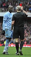 Premier League Arsenal v Manchester City<br />Referee Martin Atkinson shows Mario Balotelli a red card